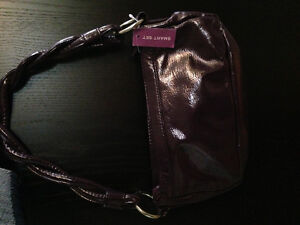 brand new clutch style purse Kingston Kingston Area image 2