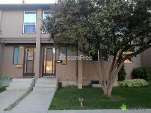 Town House for Rent-10633-31 Avenue