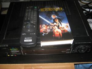 SONY SLV-695HF 4-Head HiFi VCR with remote with BONUS