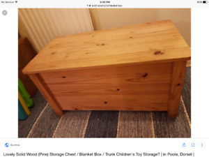 Solid pine blanket box, great condition forgot about scratches