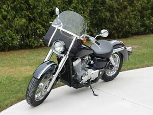 2004 Honda Shadow 750 - Excellent Condition!