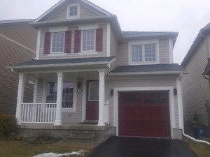 Upscale 3-brm detached single family house in West Brant