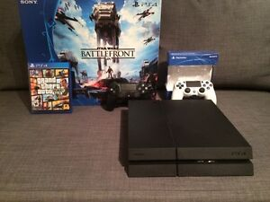 PS4 With 2 controllers and GTA 5