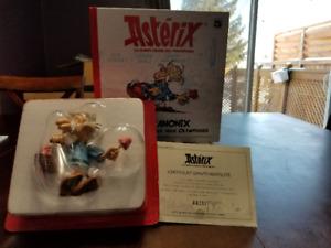 Figurine Astérix à vendre - 40$