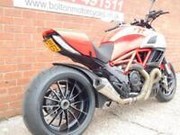 2011 DUCATI DIAVEL NAKED MOTORCYCLE