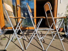 Foldable bar stools in wood x3
