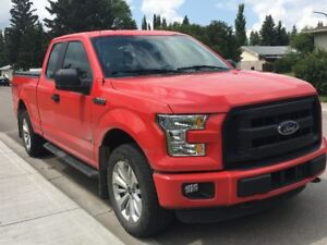 MINT CONDITION 2016 Ford F-150 Supercab 4X4