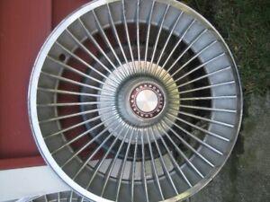 Chrysler Hub caps