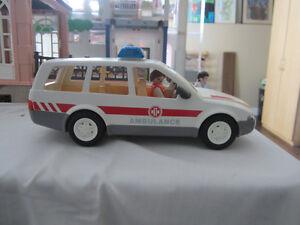 Ambulance - Car