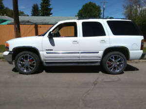 "2003 Yukon on 22"" wheels"