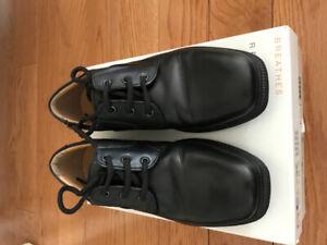 Boys Geox Dress Shoes Size 1