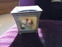 Free decorative plant pot