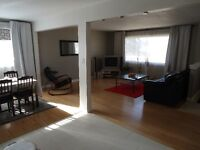 Bungalow w/mother-in-law suite for sale Brentwood NW