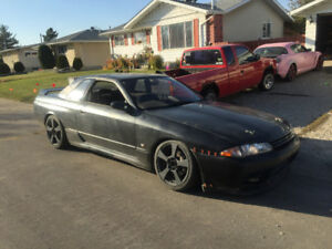 Nissan skyline r32 gtst trades welcome