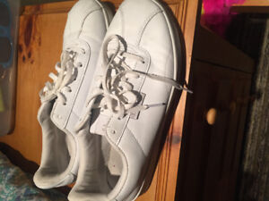 CHAMPION SNEAKERS - ALL WHITE SHOES - SIZE WOMEN'S 11