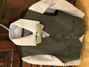 Boys 4 piece suit size 10