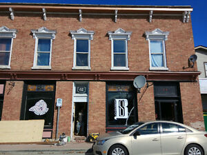Small Office/Store in the heart of Amherstburg