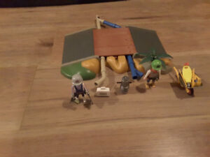 Playmobil Pipe Construction Set