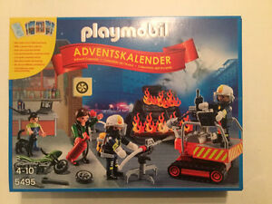 Playmobil 5495 Fire Rescue Advent Calendar New in box