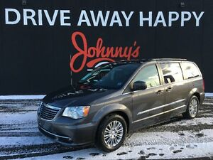 2016 Chrysler Town & Country Touring - FULLY SERVICED! LOADED!