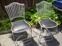 5 Metal garden chairs