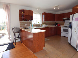 Beautiful Vaudreuil 3 + bedroom Home for sale West Island Greater Montréal image 3