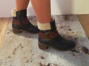 Size 6  -  4 pairs of booties (blacks & browns)