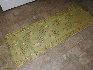 Woman's green & gold SHAWL with sequence