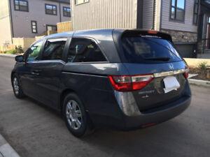 Honda Odyssey 2012 - Clean Van with Low Km