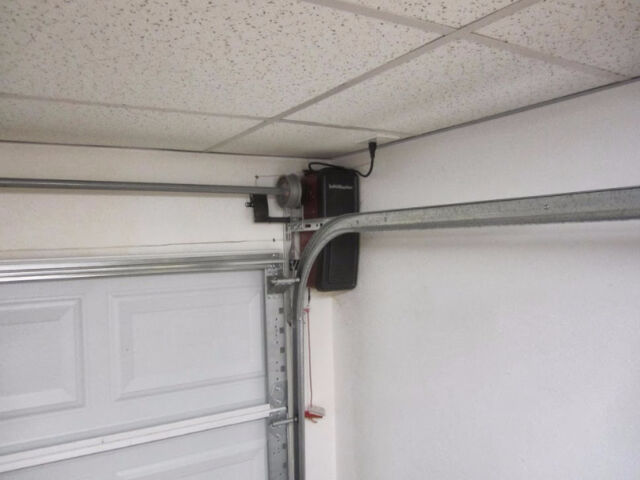Liftmaster 8500 garage door opener side mount installed for Side motor garage door opener