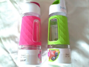 2 Fruit infusion Water bottles (New)
