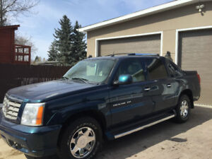 2005 Cadillac ext fully loaded low k