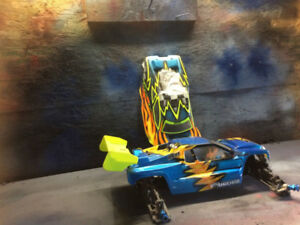RC8T TRUGGY RC RACE KIT $200