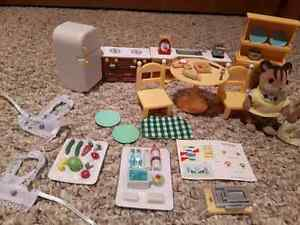Calico Critters - Chipmunk Family and Kozy Kitchen London Ontario image 2