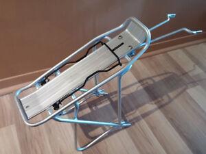 Axiom Alliminium bike rack, Support bicyclette en alluminium.