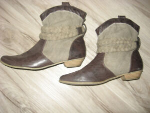 Ankle Boots with Braided Trim   Size 9