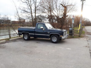 Reduced Price  1986 Chevrolet Short Box