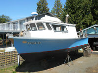 30 ft Diesel Fishing Cruiser
