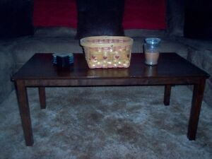 STYLISH & MODERN SOLID WOOD ESPRESSO STAINED COFFEE TABLE