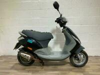 Piaggio Zip 50 2002 spares or repair damaged 50cc scooter 2 stroke 2t project