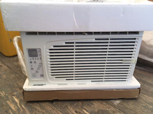 Garrison 5443-4  5200 BTU Air Conditioner - New in box