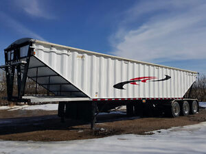 2 Used 2015 Berg's Tridem Grain Trailer