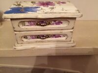 Jewellery box hand painted and distressed