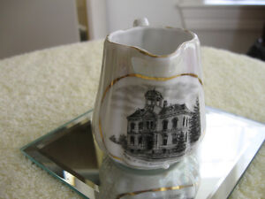 ACCORDIAN-SIDED OLD VINTAGE LUSTER CREAMER [LISTOWEL ONTARIO]