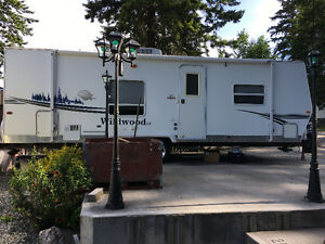 25' Wildwood holiday travel trailer for sale