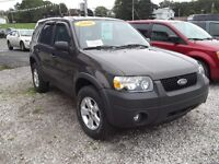 2006 Ford Escape 4WD!!! FULLY LOADED!!!