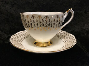 Queen Anne - Gold Tear Drops - Footed Tea Cup and Saucer - Mint!