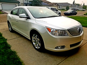 2010 Buick Lacrosse CXL All wheel drive  1 owner ONLY 65000km
