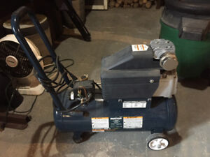 Compresseur Mastercraft 8 gallons