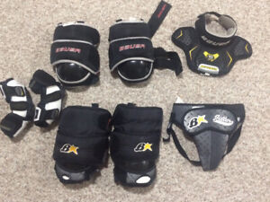 Youth Goalie Gear $20 for everything in pic